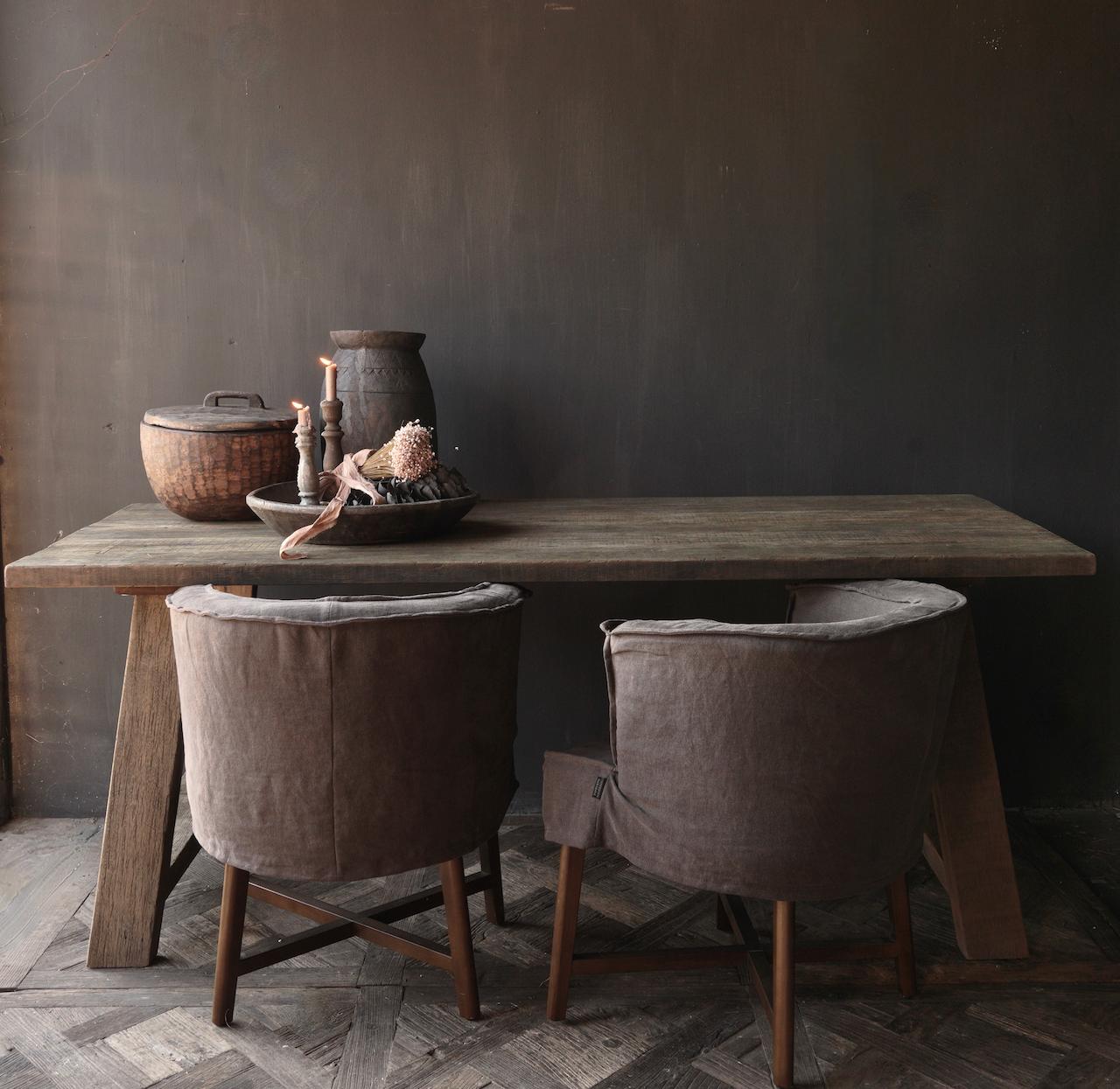 Stoer  oud houten eetkamer tafel  met A poot-3