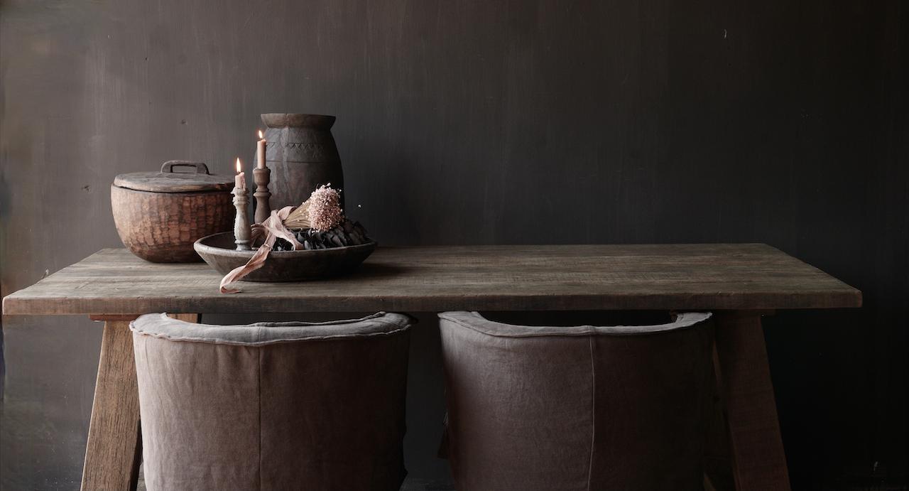 Stoer  oud houten eetkamer tafel  met A poot-7