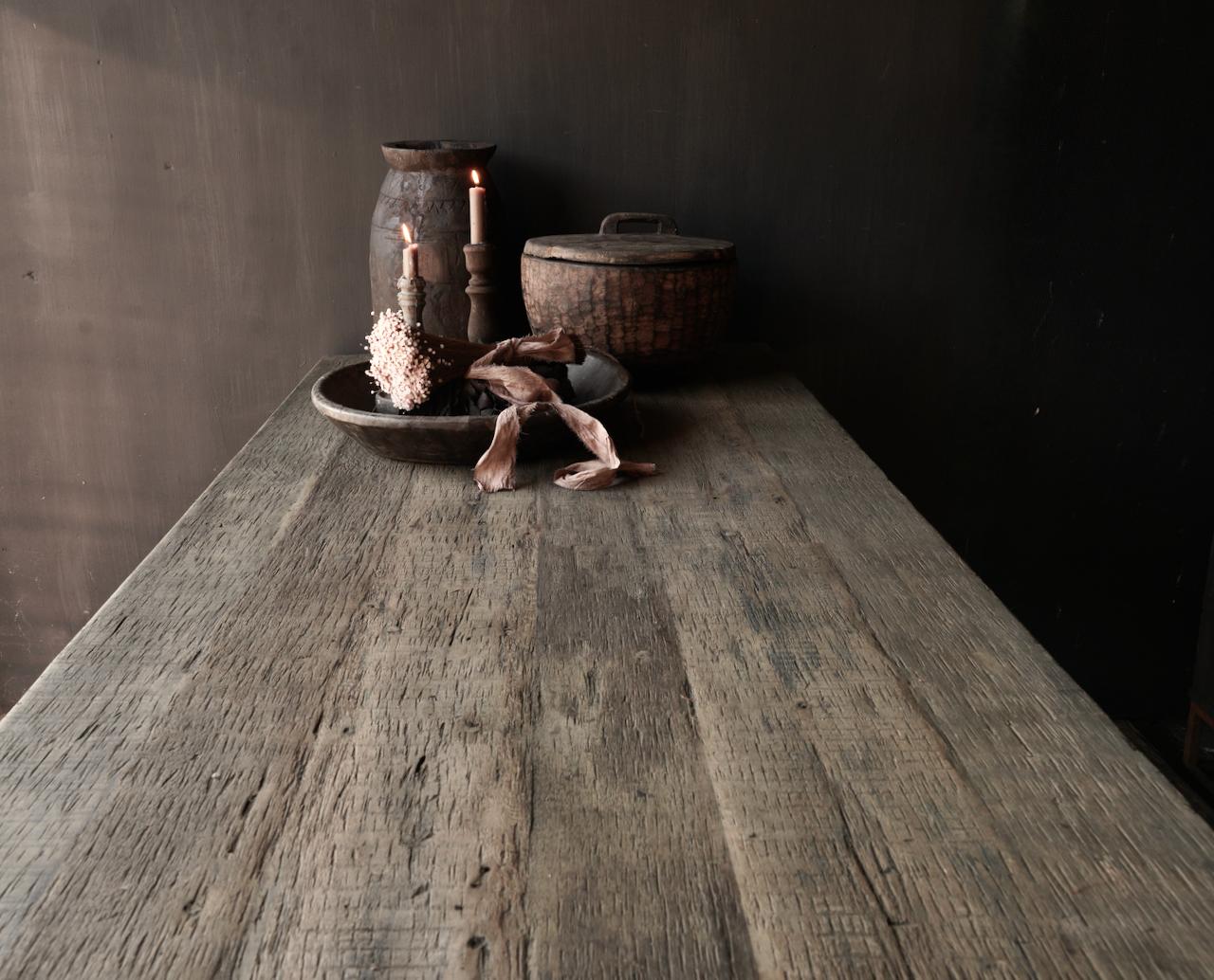 Stoer  oud houten eetkamer tafel  met A poot-10