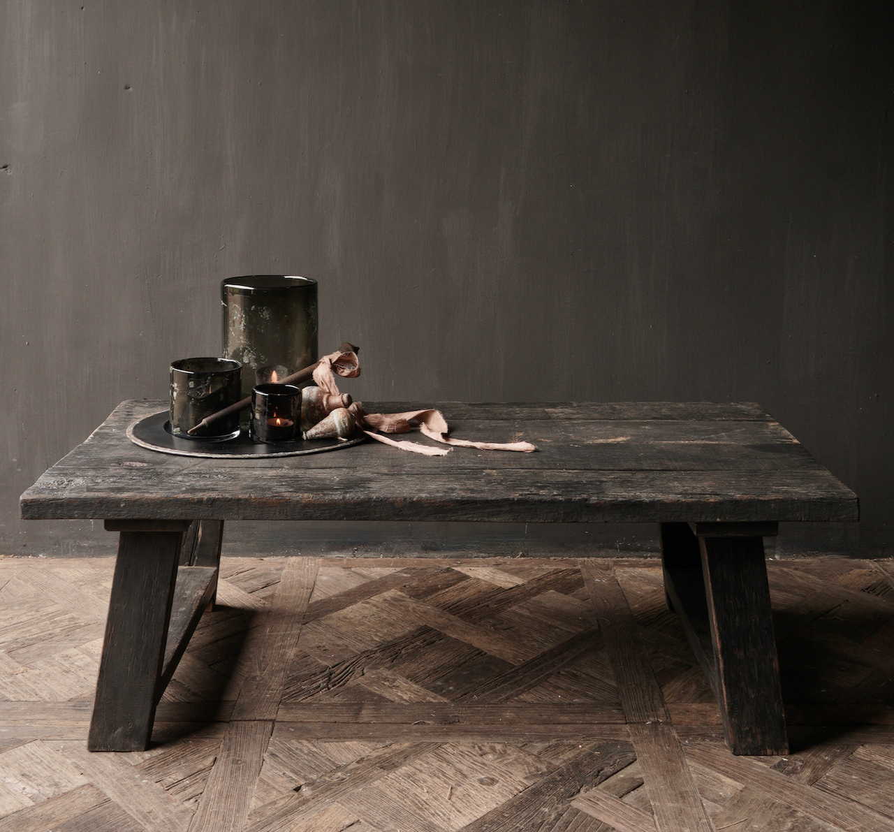 Tough robust black Country coffee table made of old wood (Staltafel)-2
