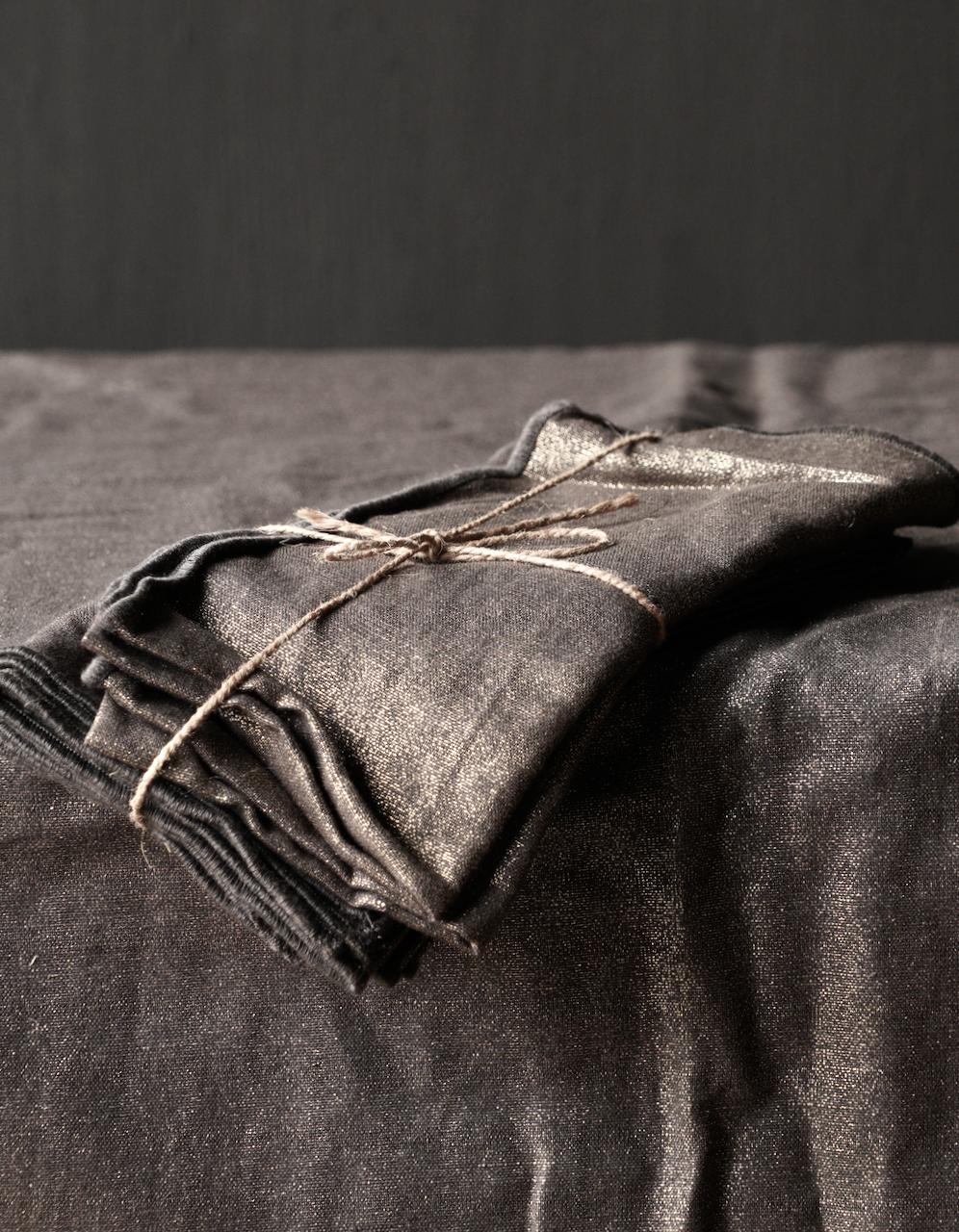 Zwarte/Goud linnen  servet set van vier-1