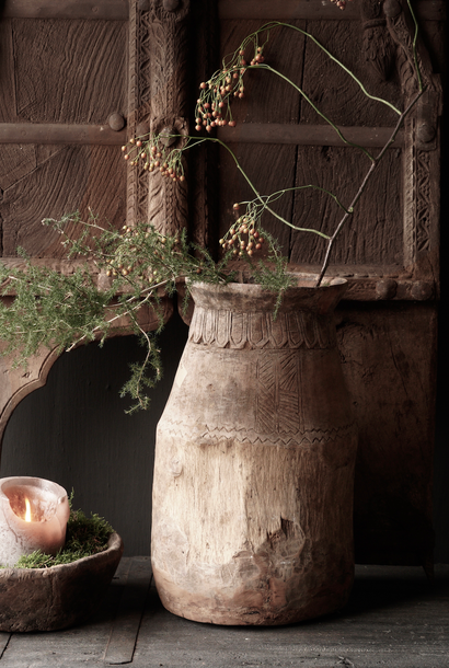 Old wooden nepalese wabi sabi jug XL