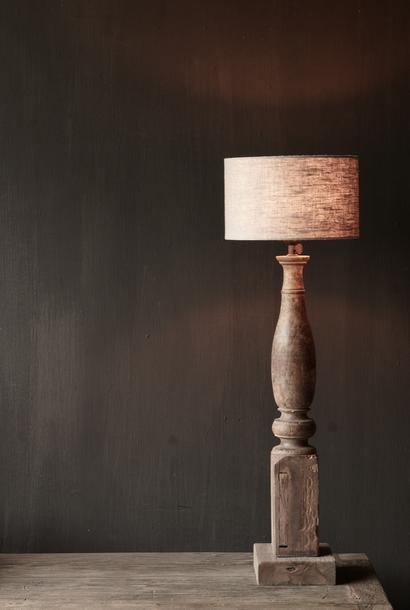 Oude houten Baluster lamp