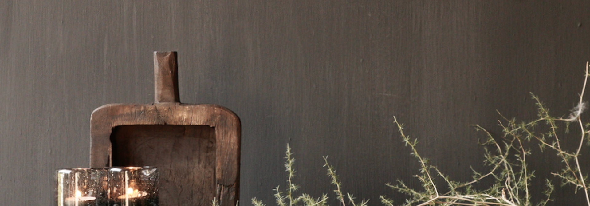 Klein  plankje  hand gemaakt van oud gebruikt hout