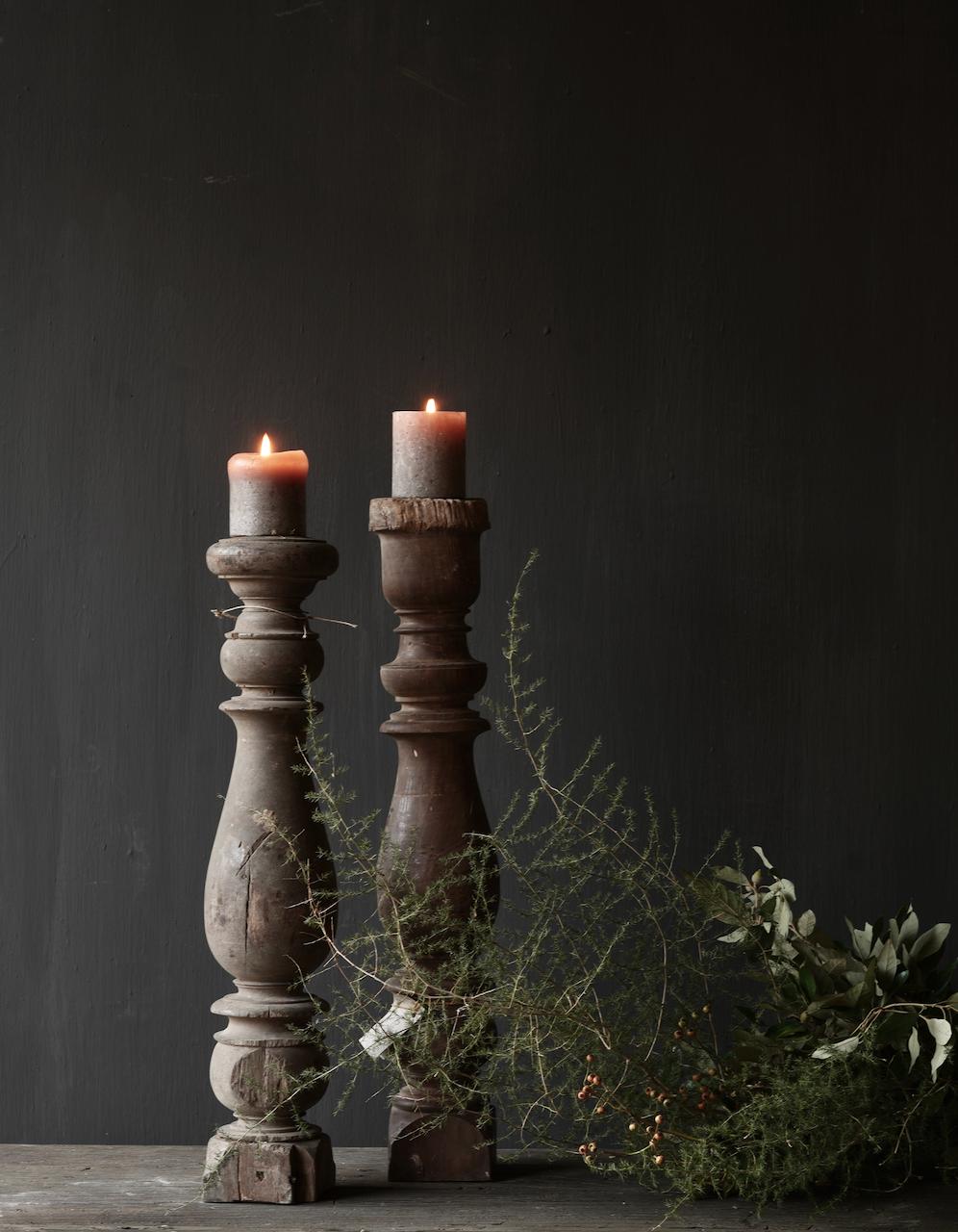 Schöner alter hölzerner Baluster-Kerzenständer-1