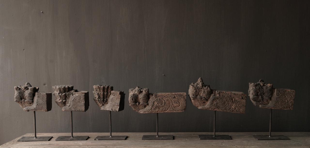 Holzornament auf Eisenständer-4