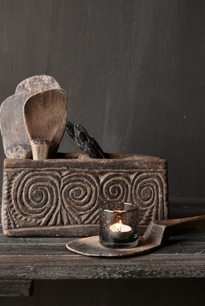Uniek Antiek  houten bakje