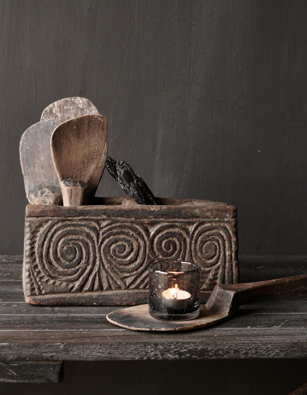Uniek Antiek  houten bakje-1