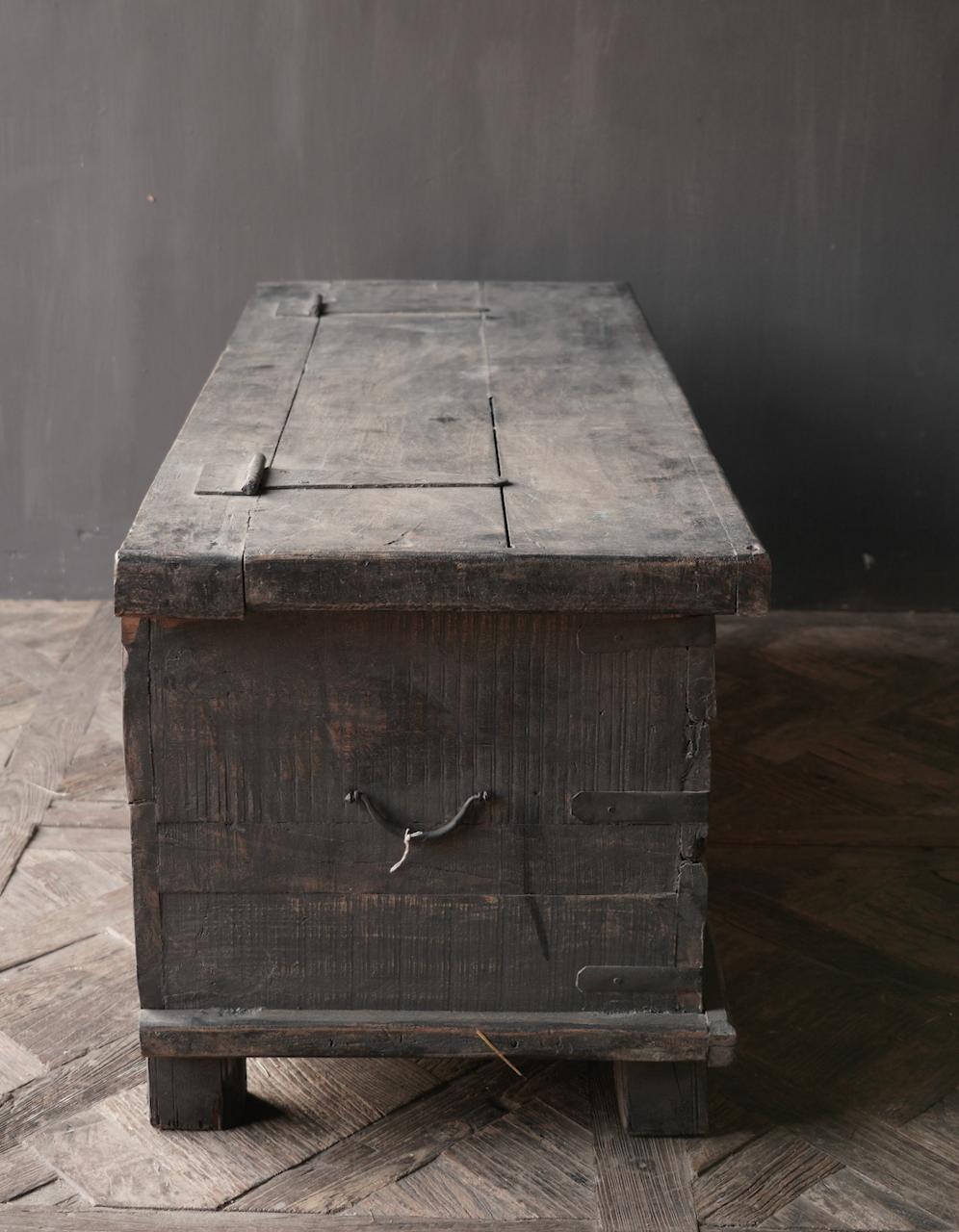 Oude Authentieke houten kist  /tv meubel-4
