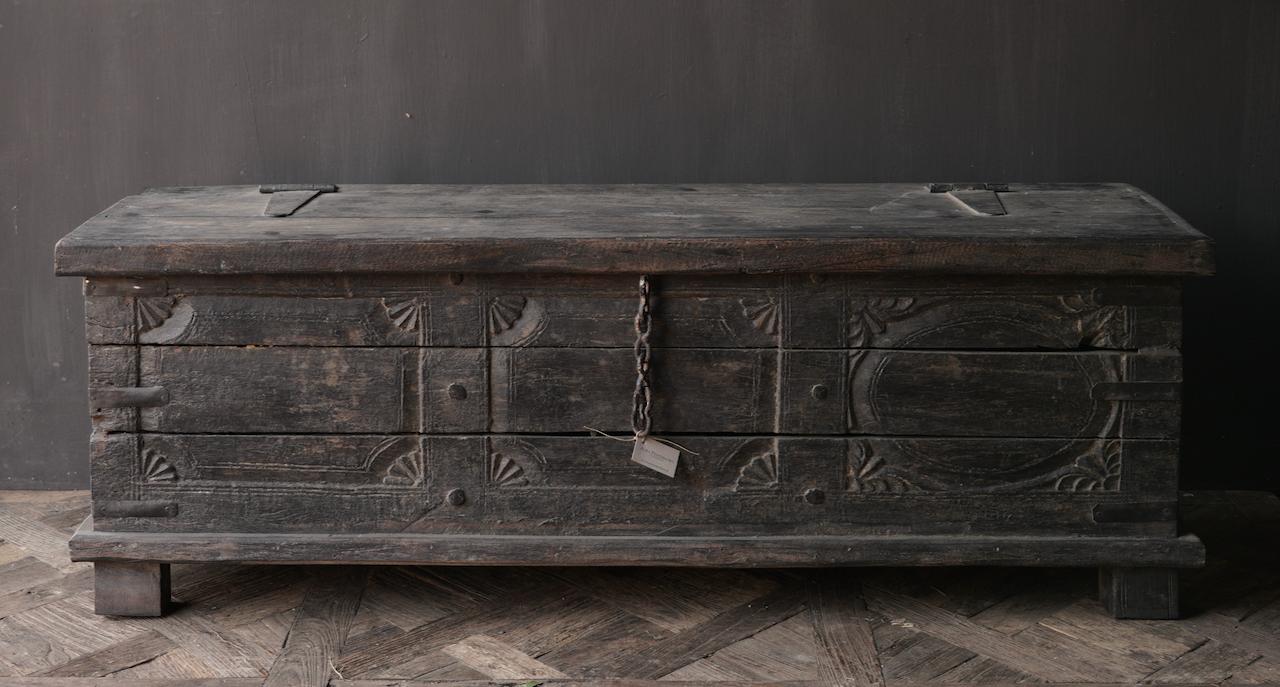 Oude Authentieke houten kist  /tv meubel-6