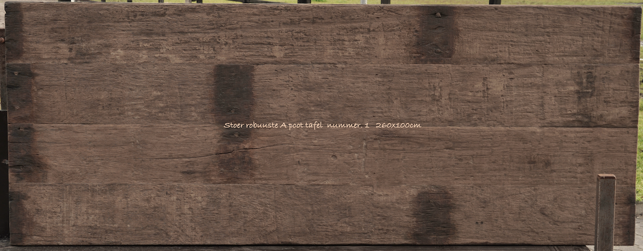 Stoer donker oud houten eetkamer tafel  met A poot-7