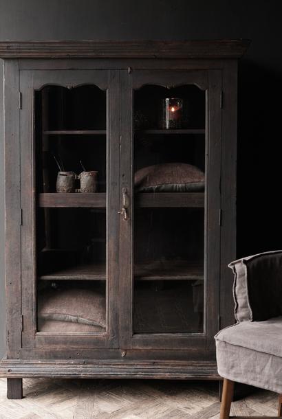 Prachtig  Uniek  donker houten Antiek Oude Indische kast