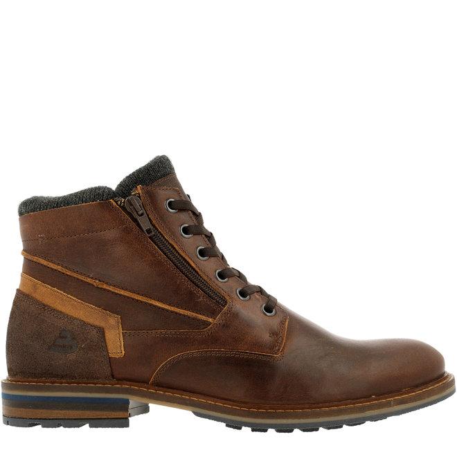 Boots Bruin