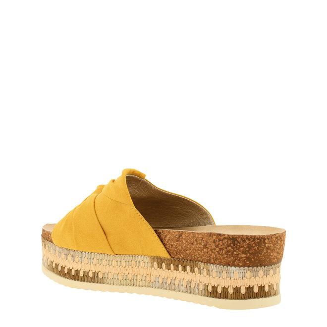 Slippers Senffarbe 886041F2T_MUSTTD