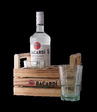 Persoonlijke tekst op Bacardi Carta Blanca Rum 100cl + 2 Bacardi glazen in Mojitokratje