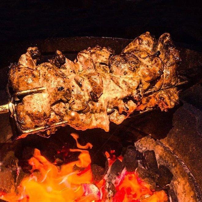 Rotisserie Spit Kamado Rond van Spit on Fire