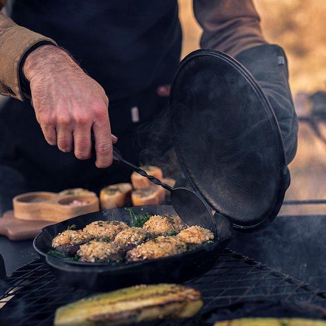 Cowboy Cooking Chef Lepel van Barebones