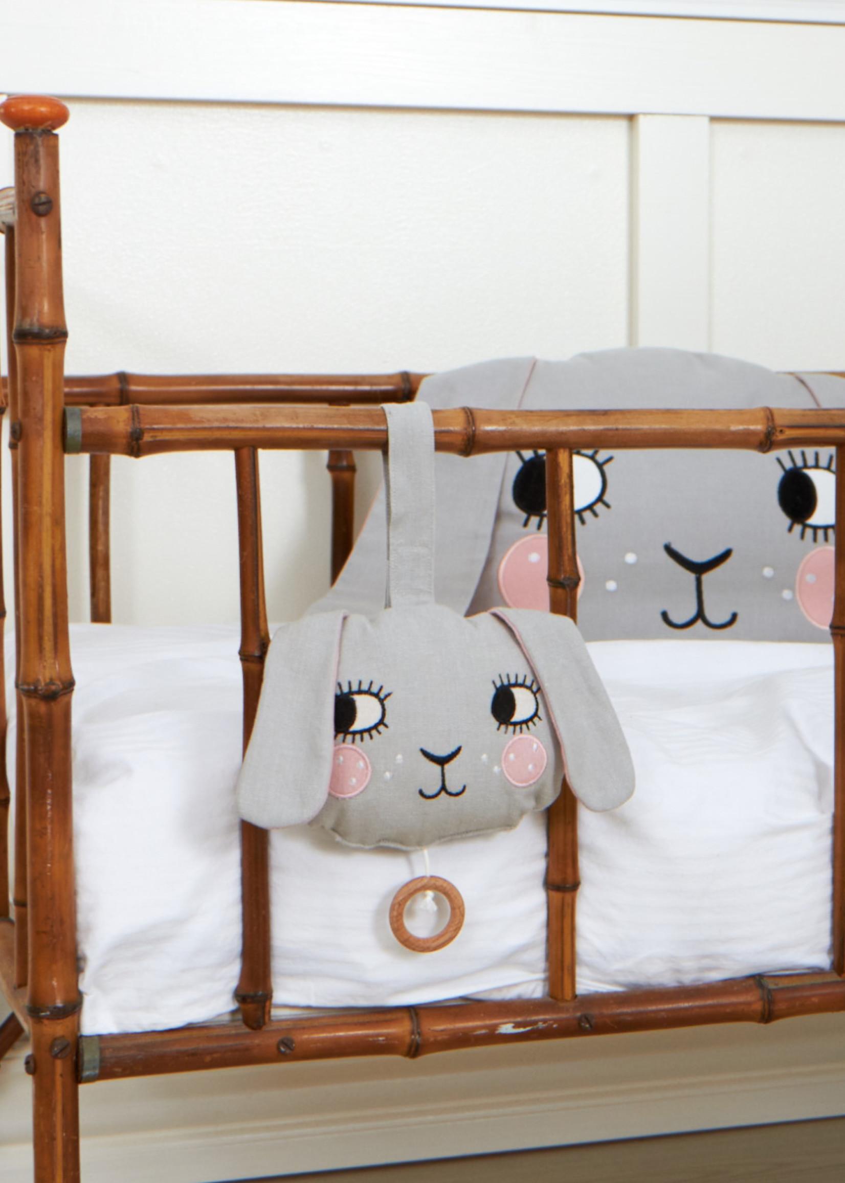 Roommate Roommate -  Bunny Muziek Mobiel
