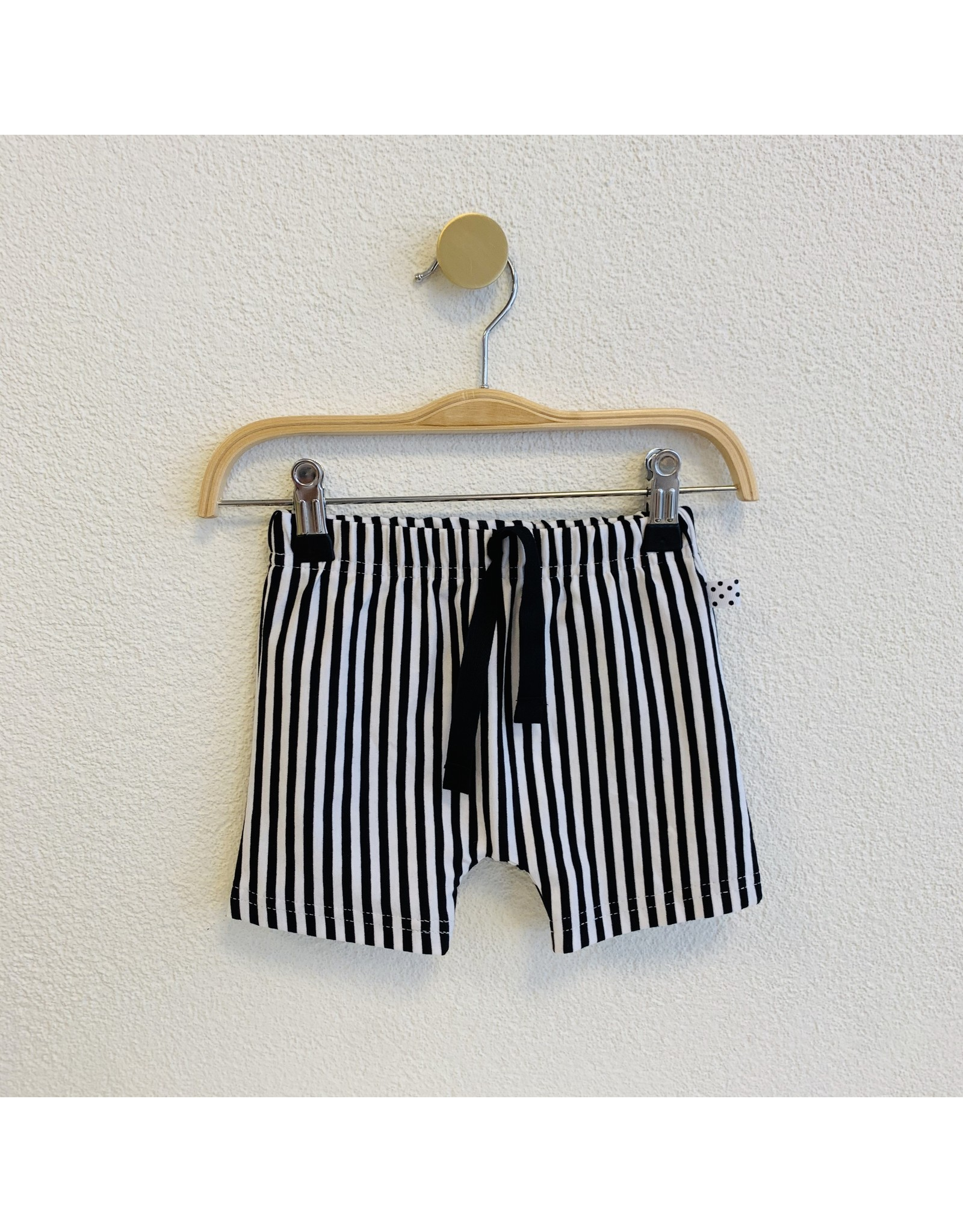 No Colours No Colours - Harem shorts Stripes