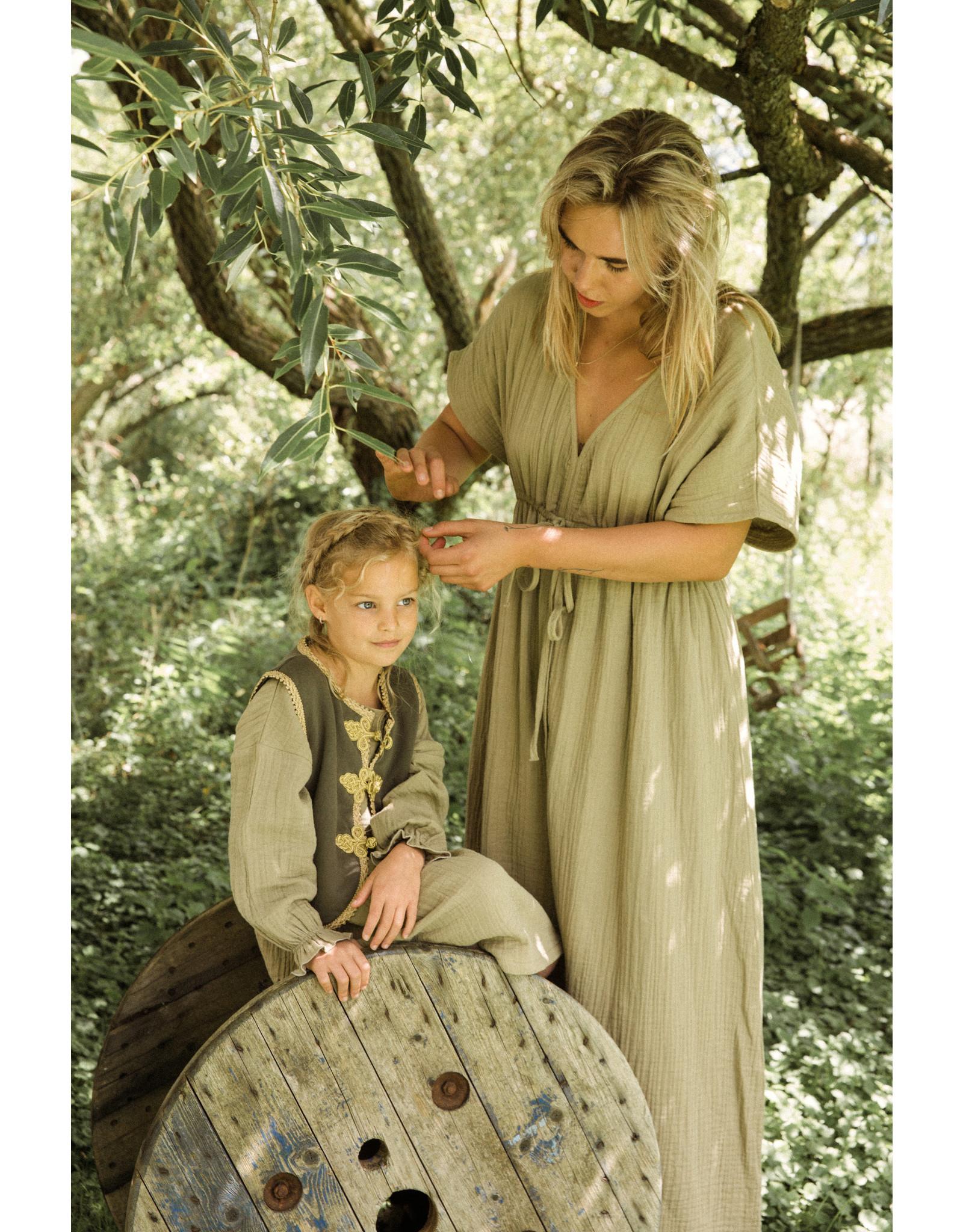 Ammehoela AM-Liv-Mom-06 - Lead-Grey