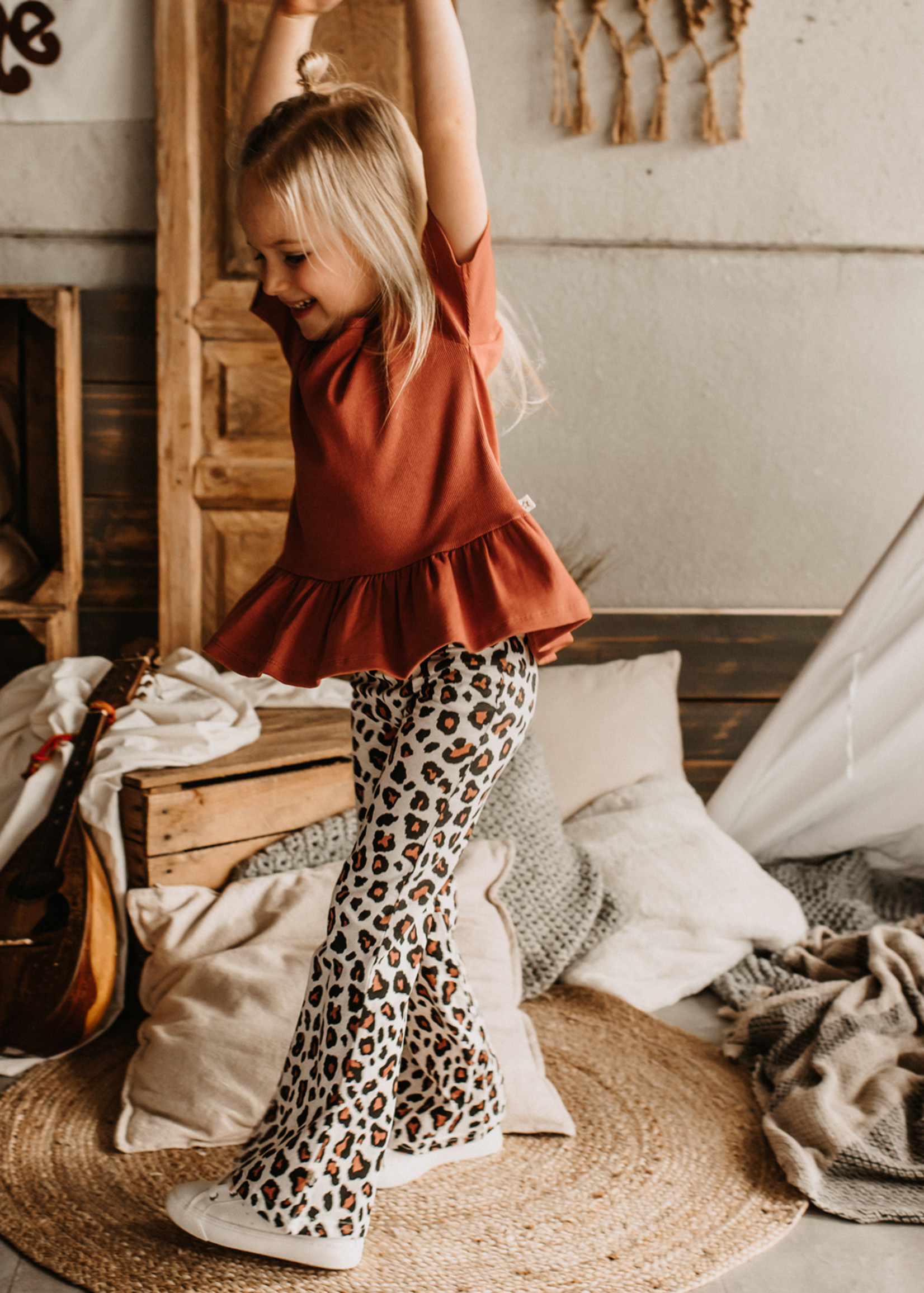 Your Wishes YW - Leopard   Flared Legging