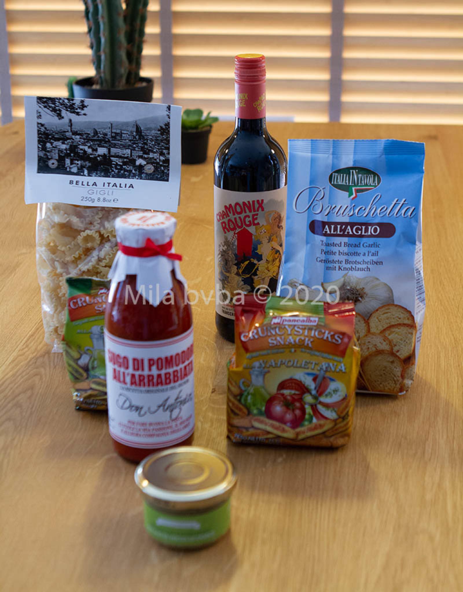 Plateau met Italiaanse delicatessen