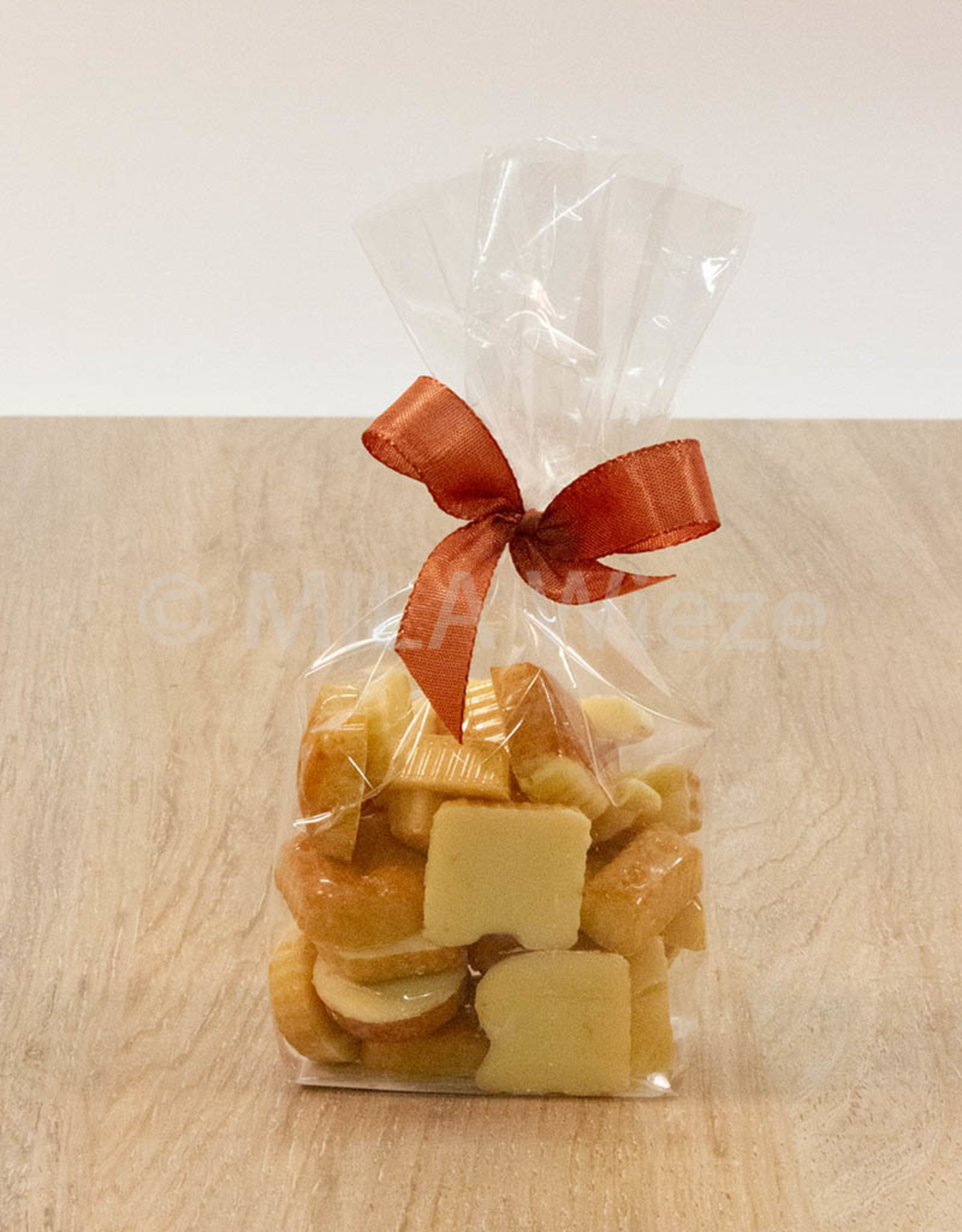 Chocolade nic nac letters - witte chocolade - 115 gr