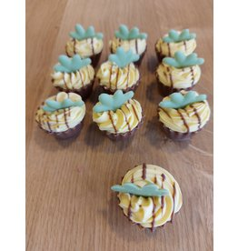ickx Cup cake pralines Witte chocolade crème ananas
