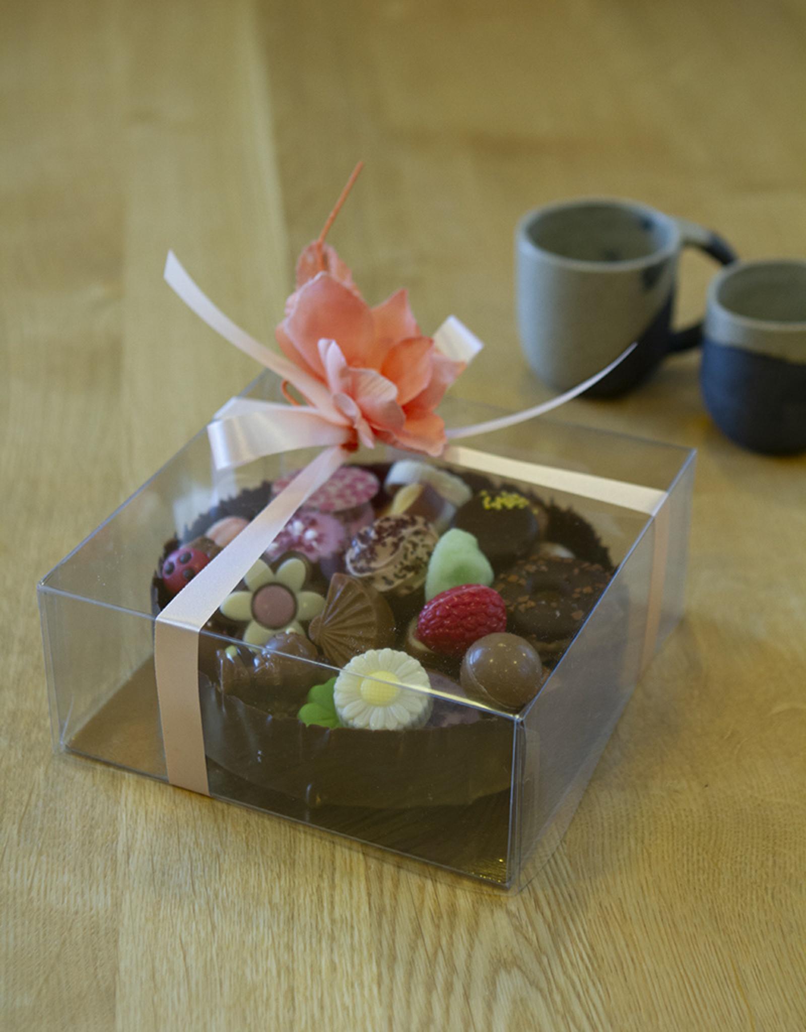 MILA Chocolade cup met klassieke pralines & zomerpralines - 640 gr