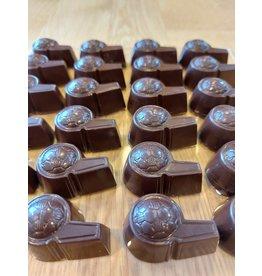 Scheidsrechter fluitje in chocolade met vulling