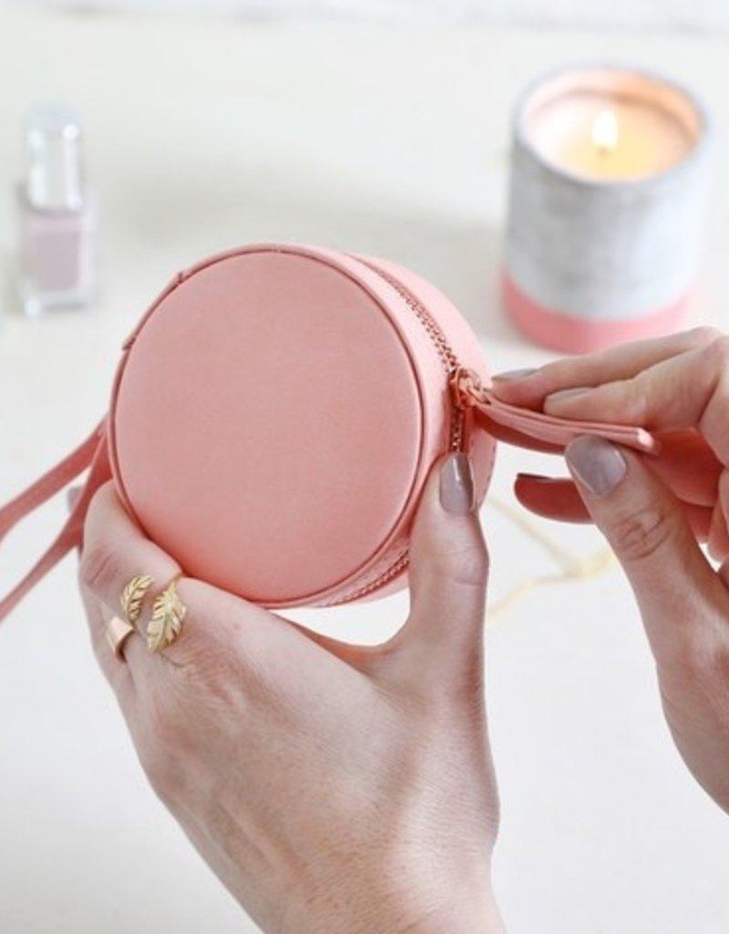 Lisa Angel Round Travel Jewellery Case - Pink Peach