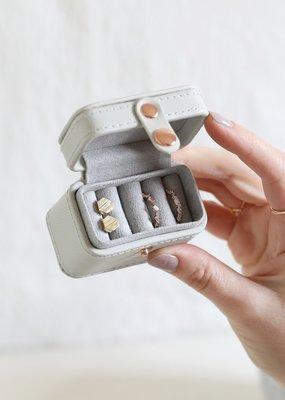 Lisa Angel Ring Box - Grey