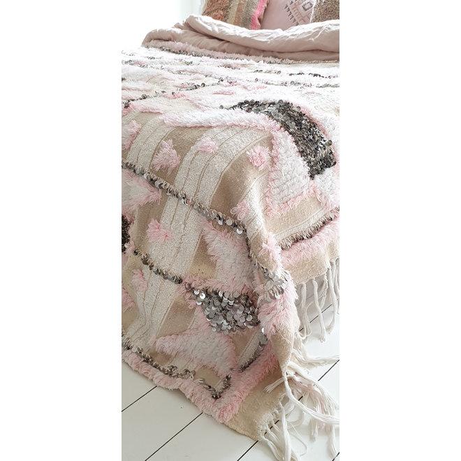 Moroccan Handira Blanket