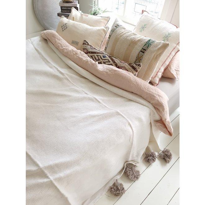 Marokkaanse deken wit met taupe pom poms