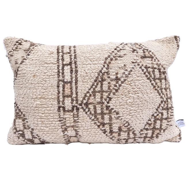 Moroccan Cushion diamond natural