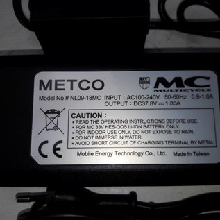 Lader voor MC Multicycle HES 37V 1.85A, 4 pins