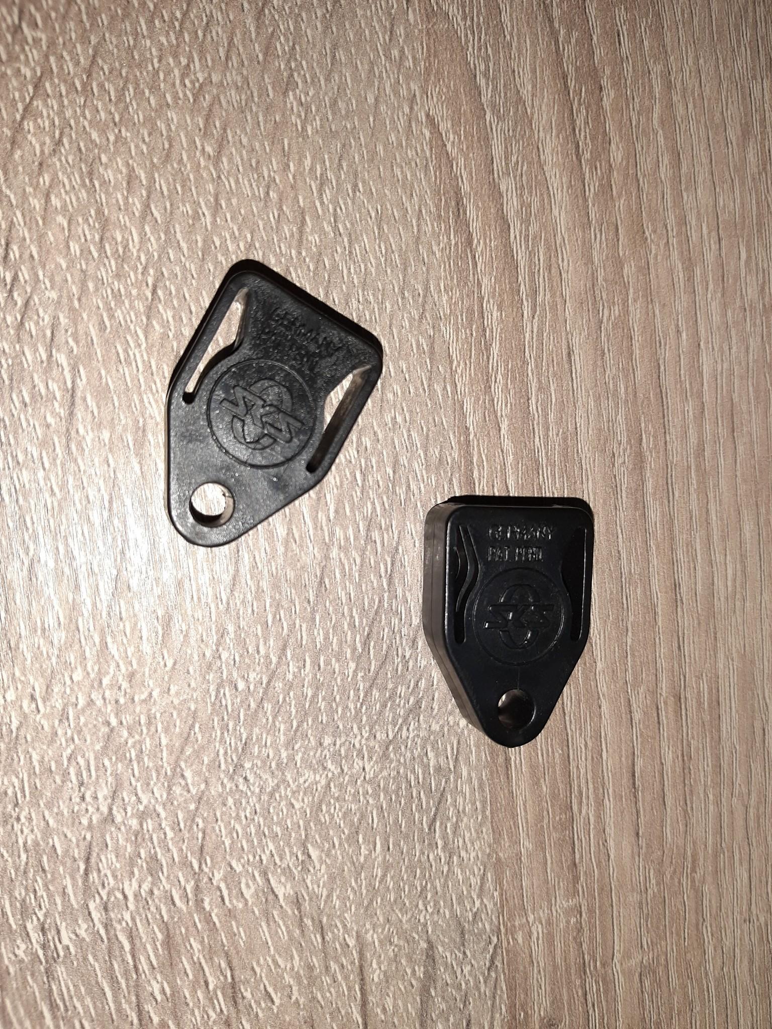 Safety clips voor ESGE/SKS spatbordstangen per set (2 stuks)