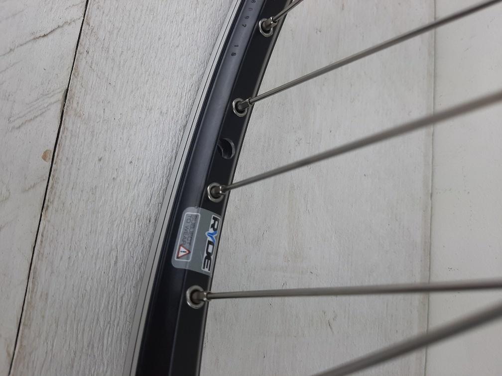 AAWI1248: Wiel met 48 Single butted spaken, schijfrem, 8,9of10 speed 135 mm