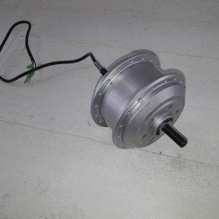 Naaf met motor TX 24 Volt 260 RPM kabel links 50cm met 3stekkers, geschikt voor schijfrem