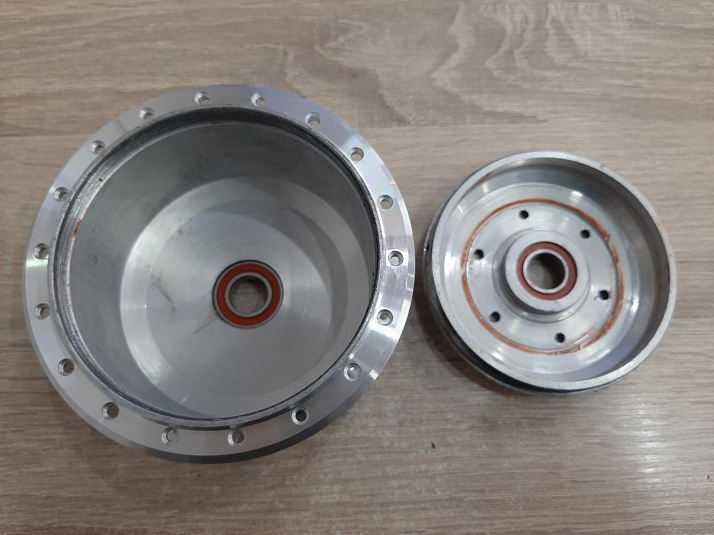 TX-MOT HULS 24 Rol; Naafhuls TX motor met deksel voor rollerbrake