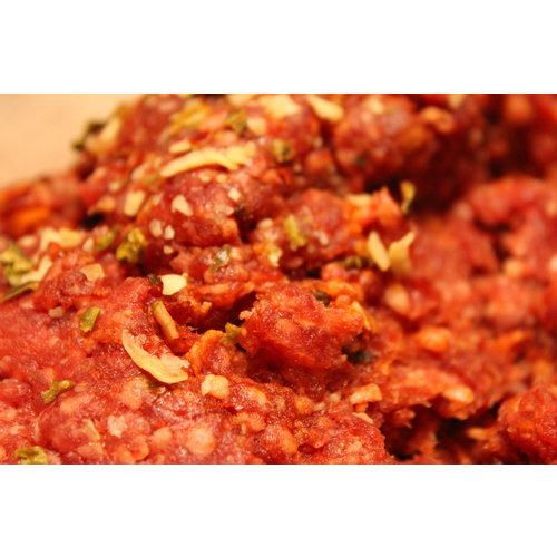 Rundvlees uit de regio Fijn gemalen runder gehakt gekruid met stroganoff