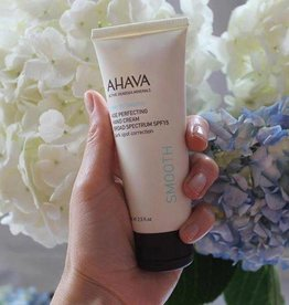 AHAVA Age perfecting hand cream