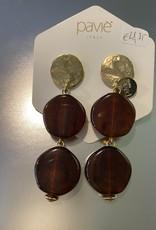 Oorbellen bruin met gouden schijfje op oor Or 1928 a