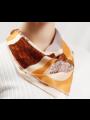 Bufanda de seda geometría marrón