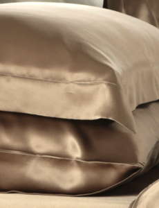 Silk pillowcase 19mm cappuccino