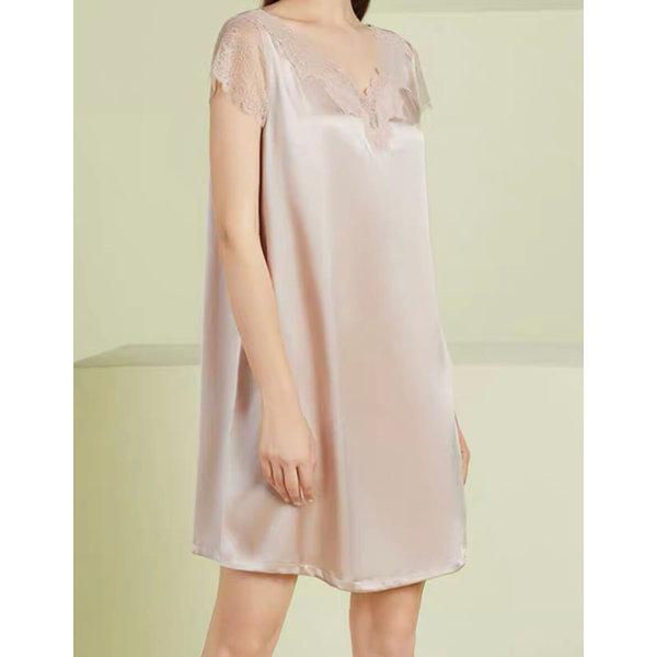 Vestido de pijama de seda para mujer