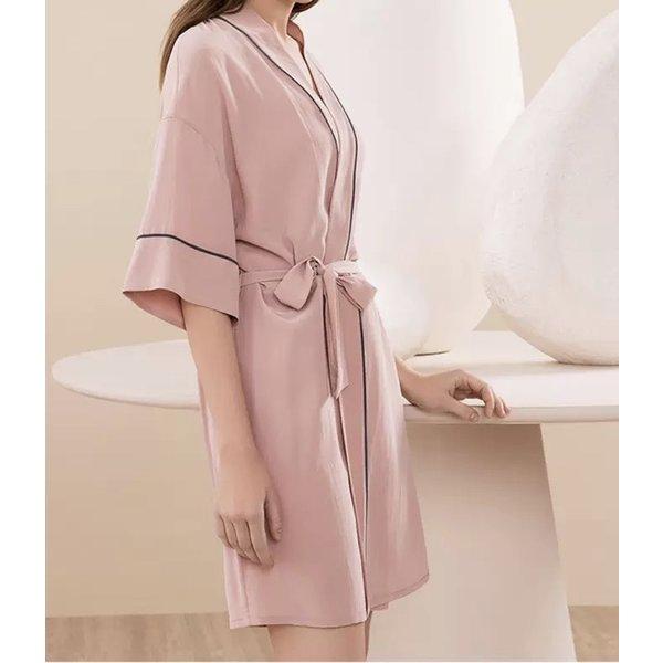 Bata de seda lujo para mujer
