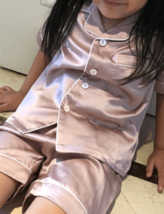 Conjunto de pijama de seda para niñas (shortama)