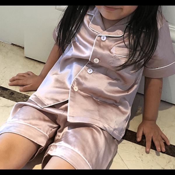 Conjunto de pijama de seda para niñas