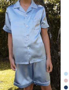 Pijama de seda para niños